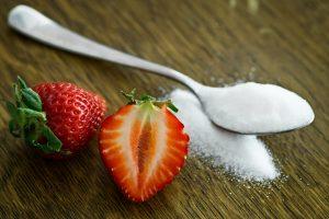 sztucznie dodany cukier